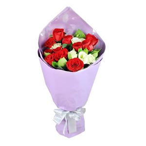 鲜花/优雅绽放:11枝红玫瑰 包 装:高档紫色珠光纸包装、透明玻璃