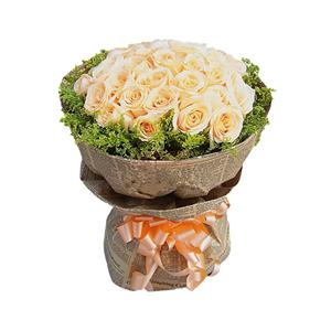 鲜花/牵手:33朵香槟玫瑰  黄莺围绕 花 语:牵了你的手,就