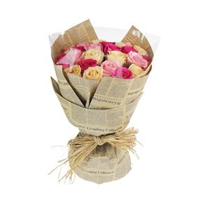鲜花/花样年华:9支香槟玫瑰9支大桃红玫瑰和9支戴安娜玫瑰均匀分布。