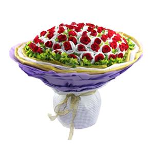 鲜花/不变的诺言:66枝红玫瑰单独包装 包 装:三层不同色纱网围裹,
