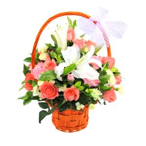 鲜花/天使之约:12枝粉玫瑰,21枝粉色康乃馨,1支白色香水百合 配