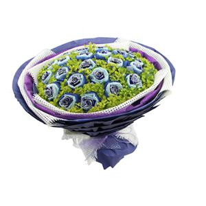 鲜花/停留在爱的左边:21枝蓝色妖姬单独包装 配材:叶上黄金精美搭配 花