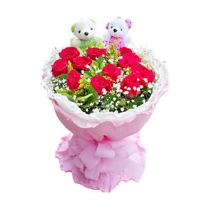 鲜花/青春盛宴:11枝红玫瑰。 包 装:白色卷边纸内衬,粉色卷边纸