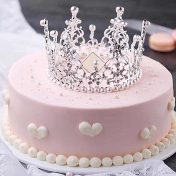 蛋糕/粉红宝贝:优质奶油,王冠点缀 祝 愿:遇上你的那天,阳光最是