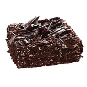 蛋糕/魔力诱惑: 方形黑森林蛋糕,巧克力碎屑铺面。  [包 装