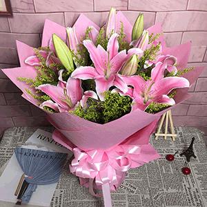 鲜花/粉色仲夏的梦:11枝粉色百合精美包装 花 语:粉色仲夏夜之梦