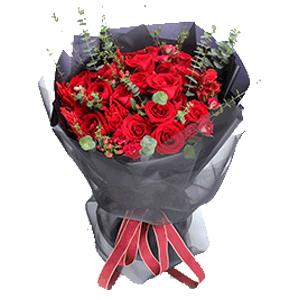 鲜花/烈火如歌:19枝红玫瑰 红豆 尤加利 千穗谷 花 语:热情似