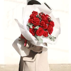 鲜花/动人的爱:21枝精品红玫瑰 花 语:我爱你,胜过期待的春暖花